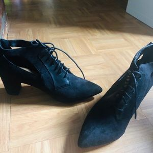 Brand new black Pointy toe booties/never worn